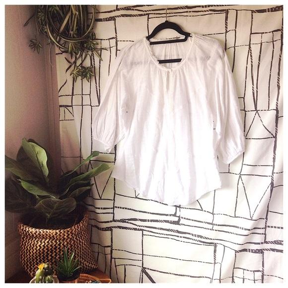 34e3918139f67b Kookai Tops - Kookai Embroidered White Cotton Bubble Sleeve Top